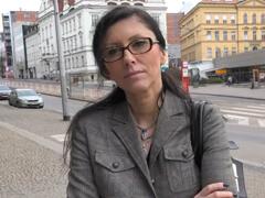 Czech streets – zrelá sekretárka sa nechá nahovoriť na sex