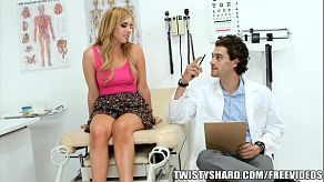 Lexi Belle šuká svého lékaře uprostřed konzultace