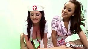 Dvě sestry šukají pacienta